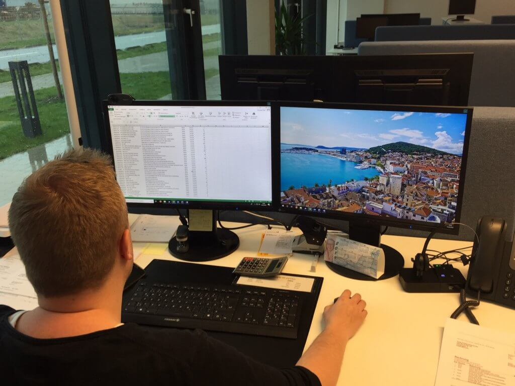 Back-Office Manager erstellt Excel-Liste