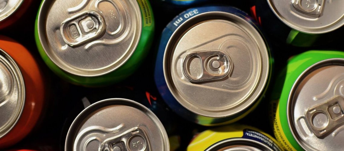 beverage-cans-1058702_1920